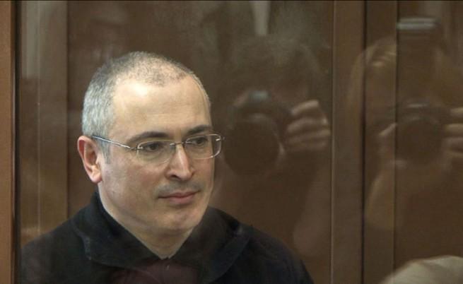 Как и защо беше помилван Михаил Ходорковски