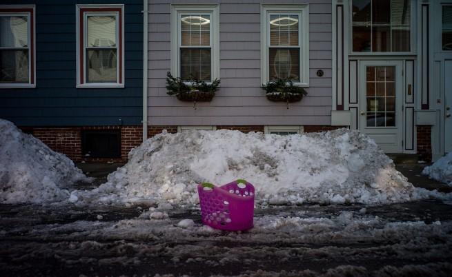 Силни снеговалежи и ледени дъждове се изсипаха над Канада