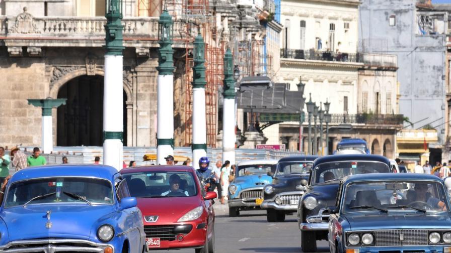 Разрешиха на кубинците да си купуват вносни коли