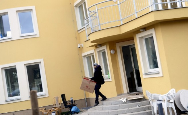 Полицията откри оръжия в палестинското посолство в Прага