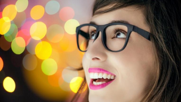 жена блясък очила светлина