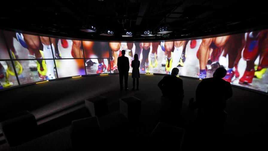 Контактни лещи ще заменят телевизионния екран