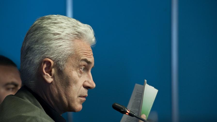 Лазаров: В случая със Сидеров следваме законодателството