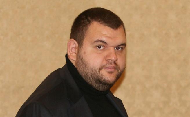 Прекратиха разследването за подготовка за убийство на Пеевски