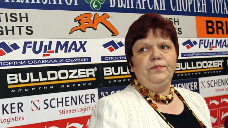 Ирена Кръстева отрича да е имала данъчни задължения